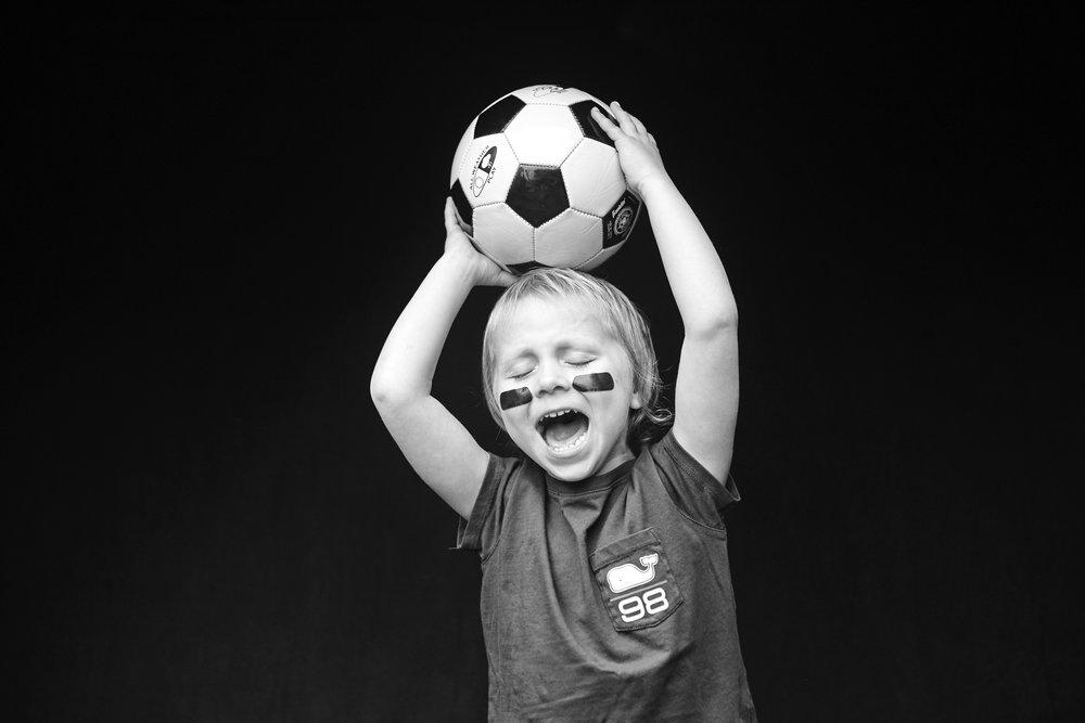 rowayton_soccer_kids_128r.jpg