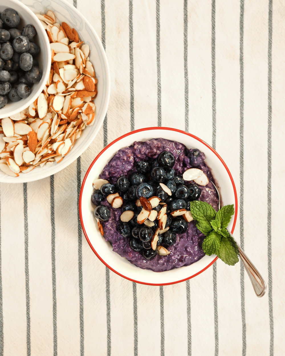 instant blueberry oats