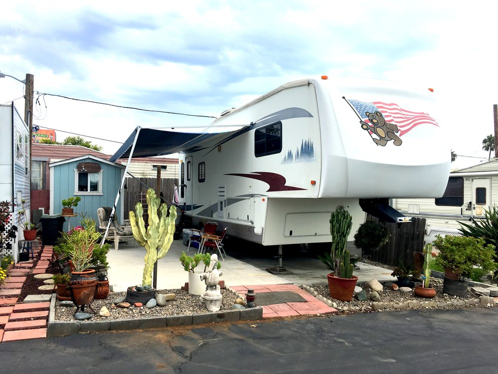 Sandy Shores RV Tow Behind Example, Oceanside CA
