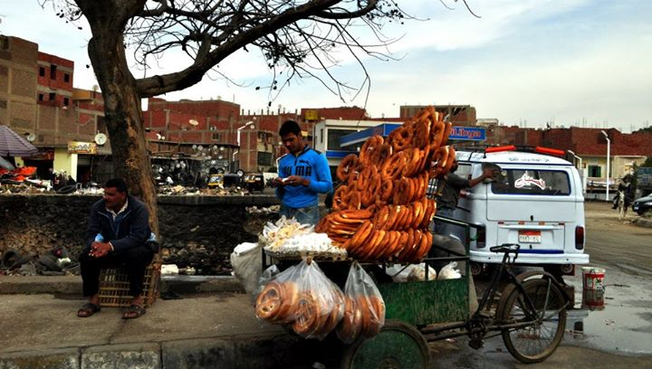Bread being sold on the streets of Giza.