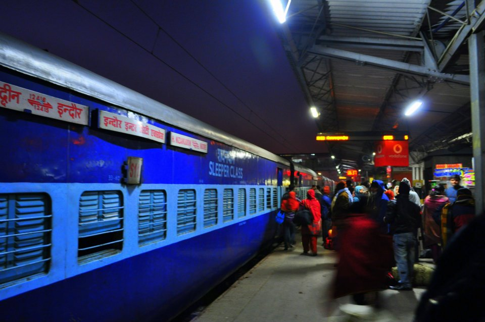 A cold morning at Delhi train station.