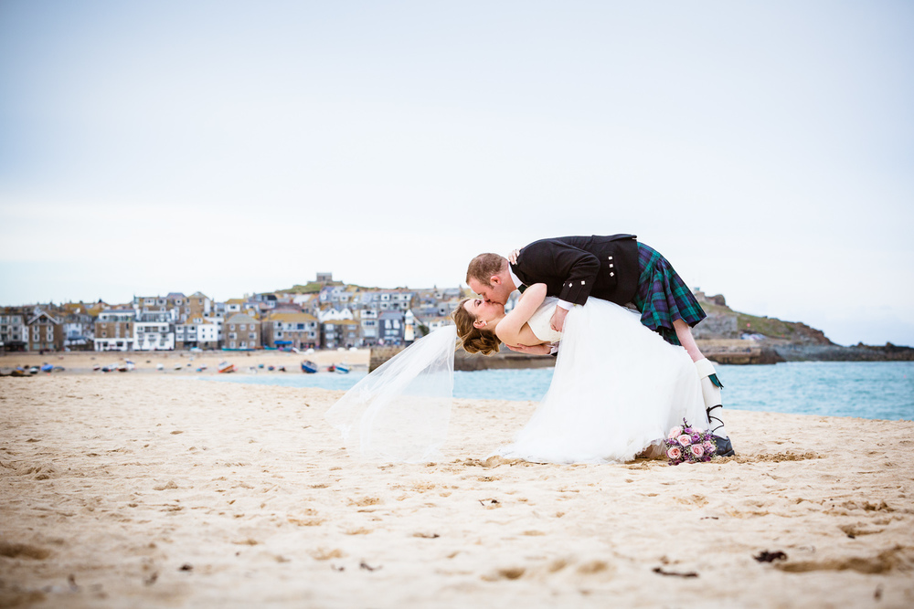 REAL WEDDING FEATURE // LAURA & JAMIE a great feature of lovely fun St Ives Harbour Hotel Beach Wedding on 'Your perfect Weddingphotographer'. For more, please visit the yourperfectweddingphotographer.co.uk