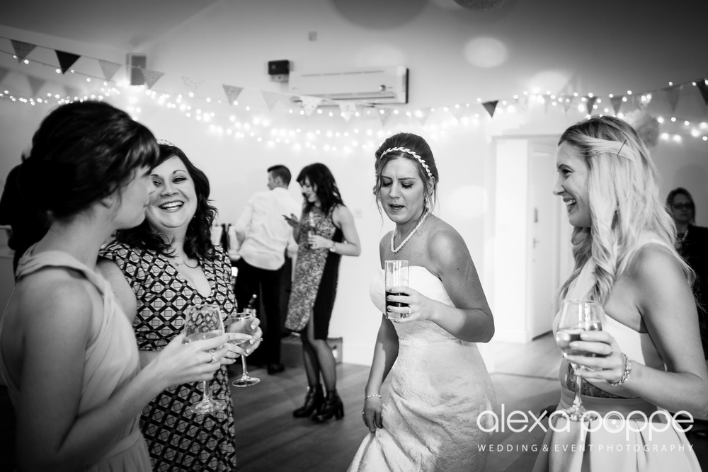 CC_wedding_thegreen_cornwall-75.jpg