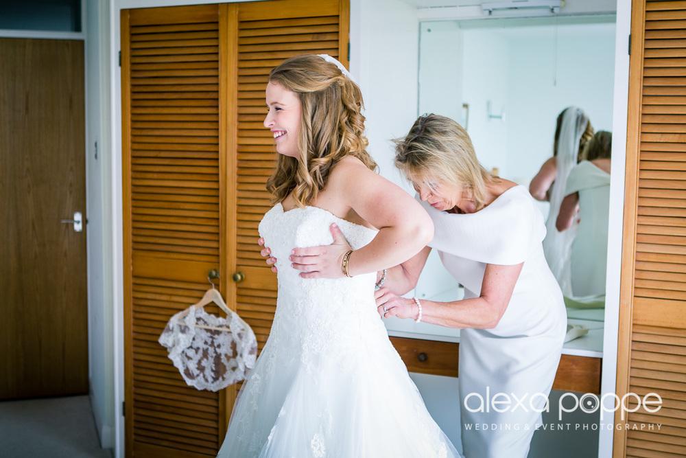 wedding_rock_cornwall-15.jpg
