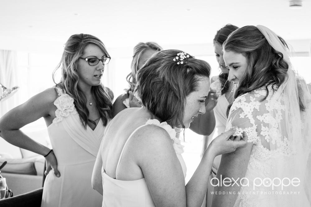 wedding_rock_cornwall-81.jpg