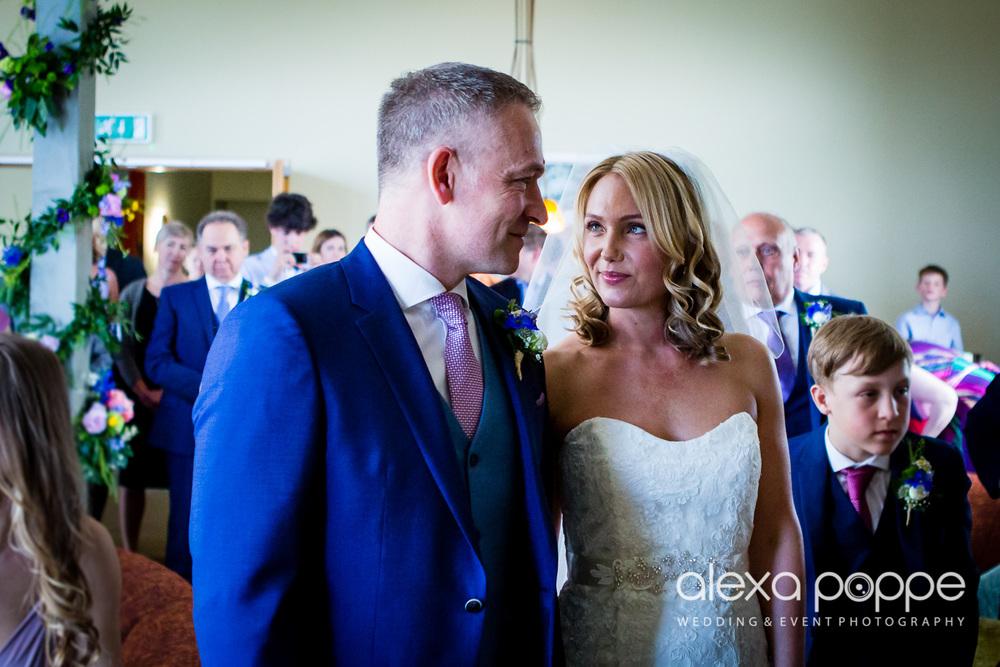 LP_wedding_cornwall-23.jpg