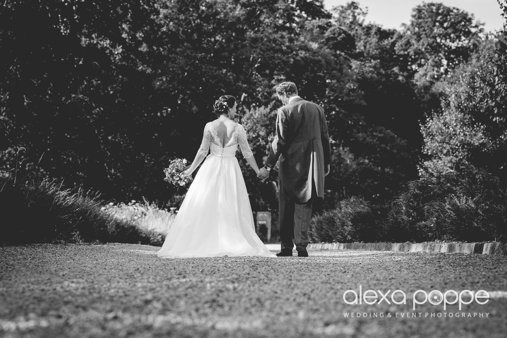 NH_wedding_devon_huntshamcourt-31.jpg