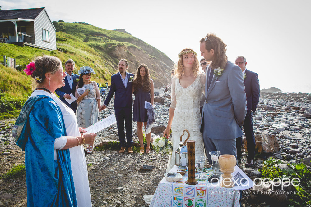 LP_wedding_cornwall_devon-21.jpg