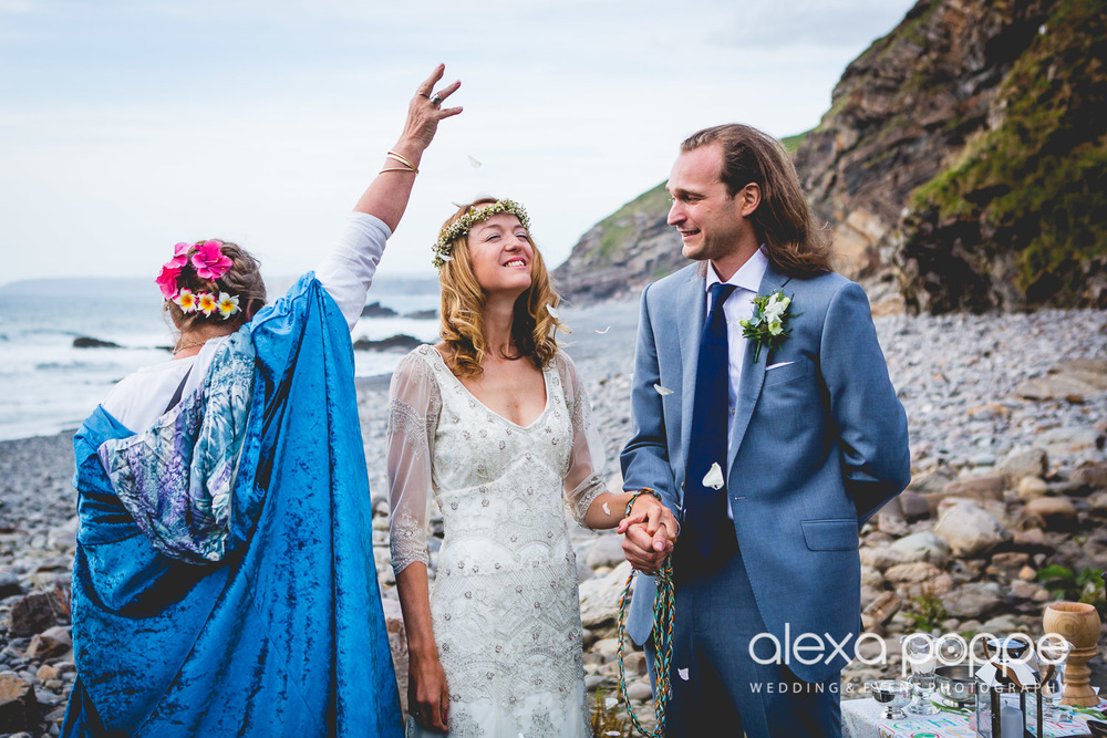 LP_wedding_cornwall_devon-33.jpg