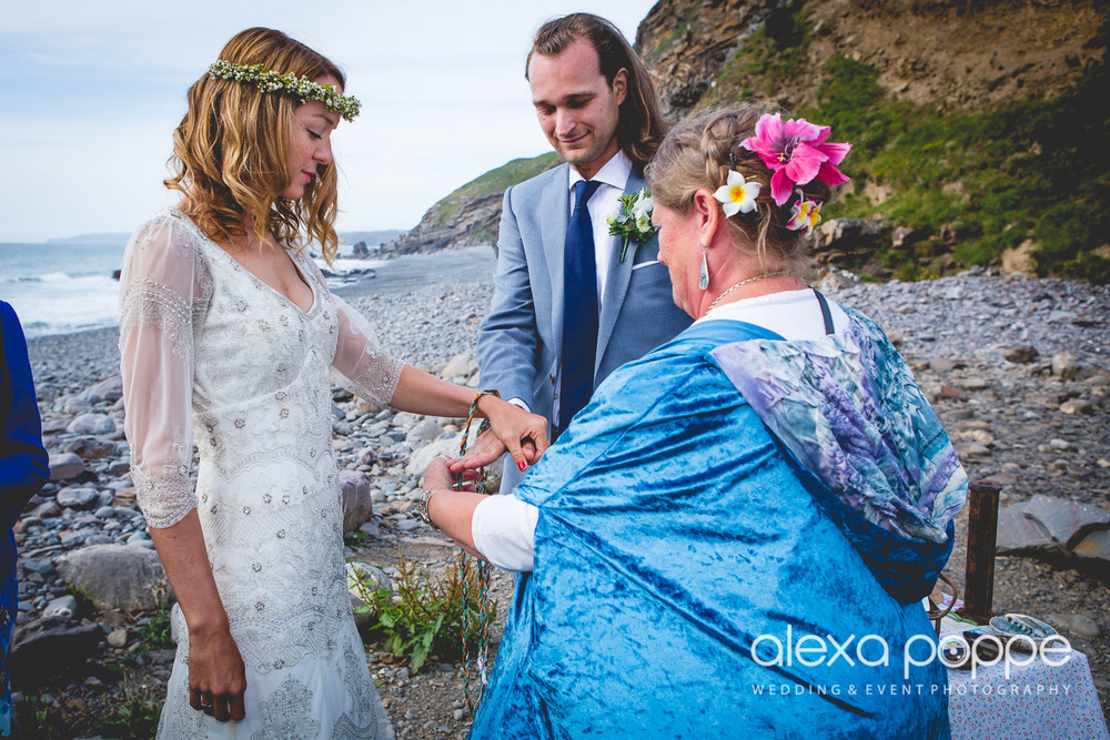 LP_wedding_cornwall_devon-31.jpg