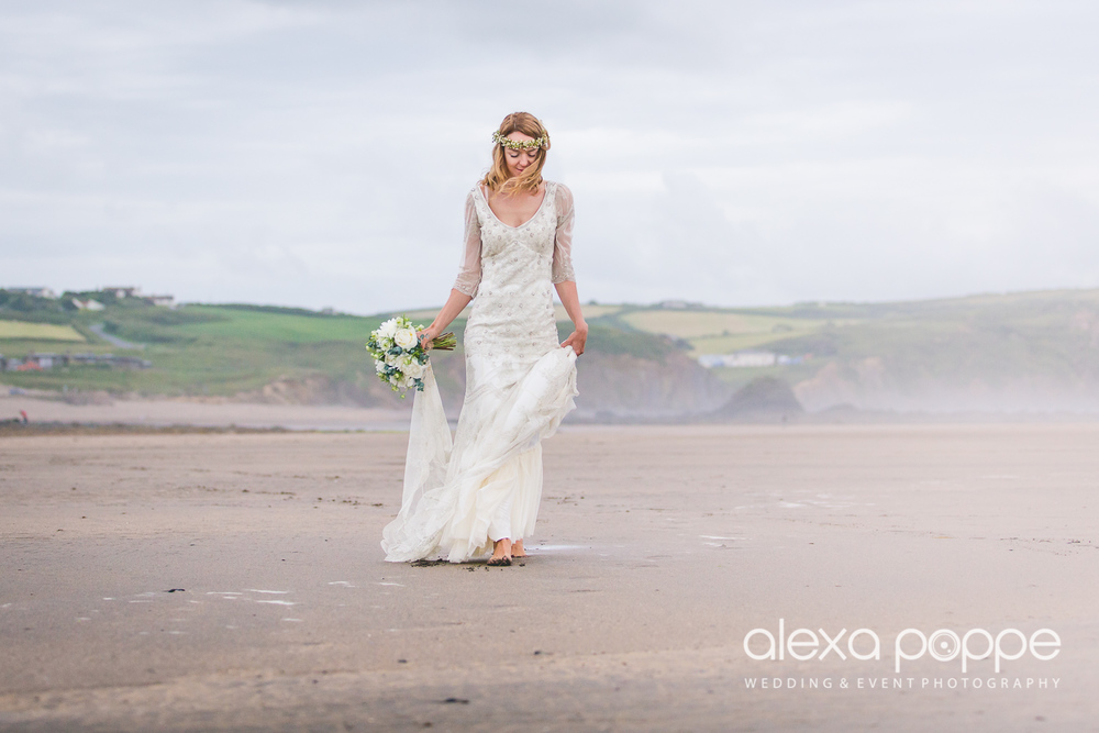 LP_wedding_cornwall_devon-45.jpg