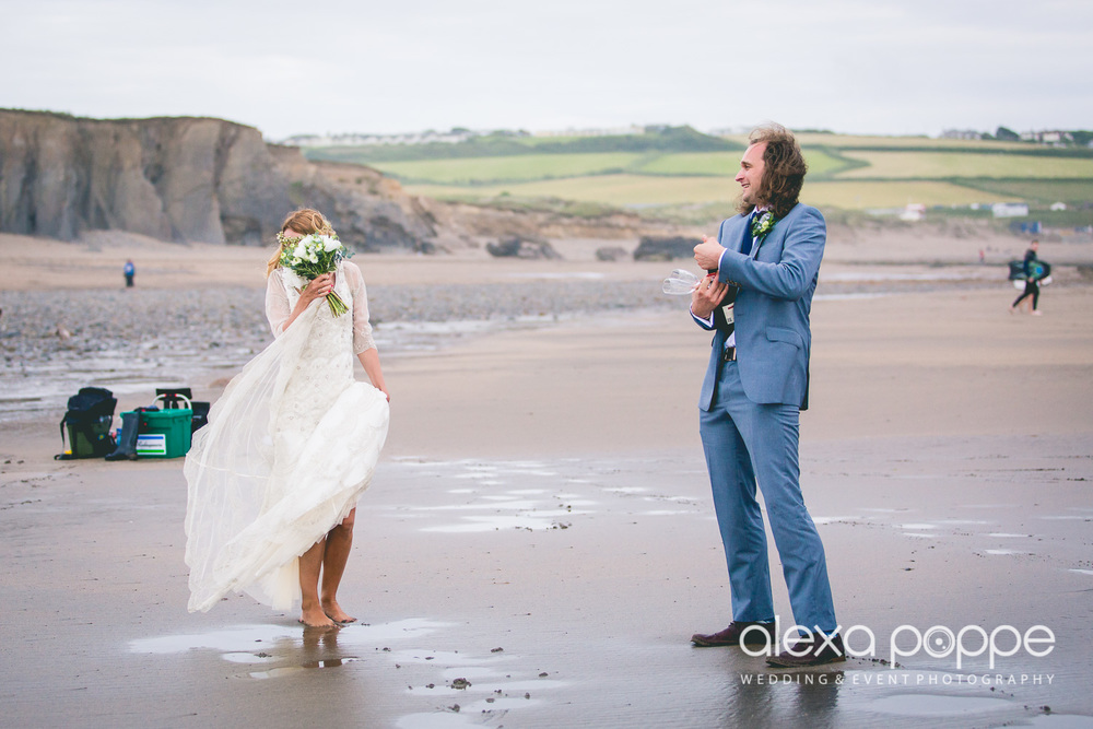 LP_wedding_cornwall_devon-46.jpg