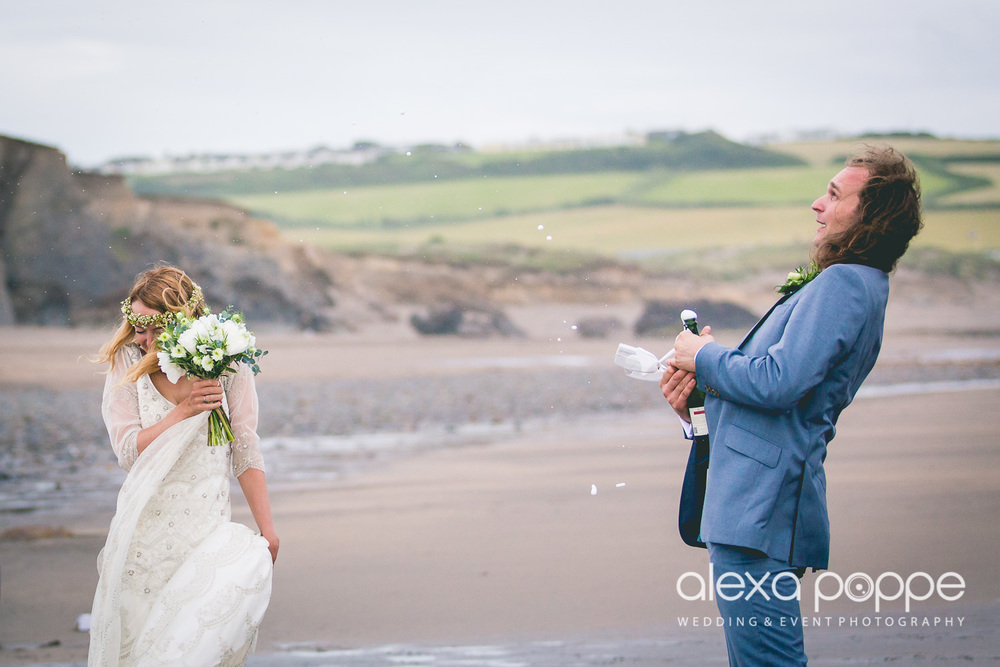 LP_wedding_cornwall_devon-47.jpg