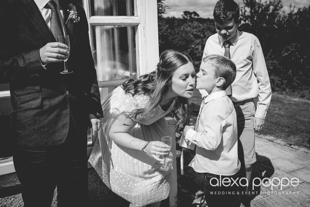 VJ_wedding_cornwall-33.jpg
