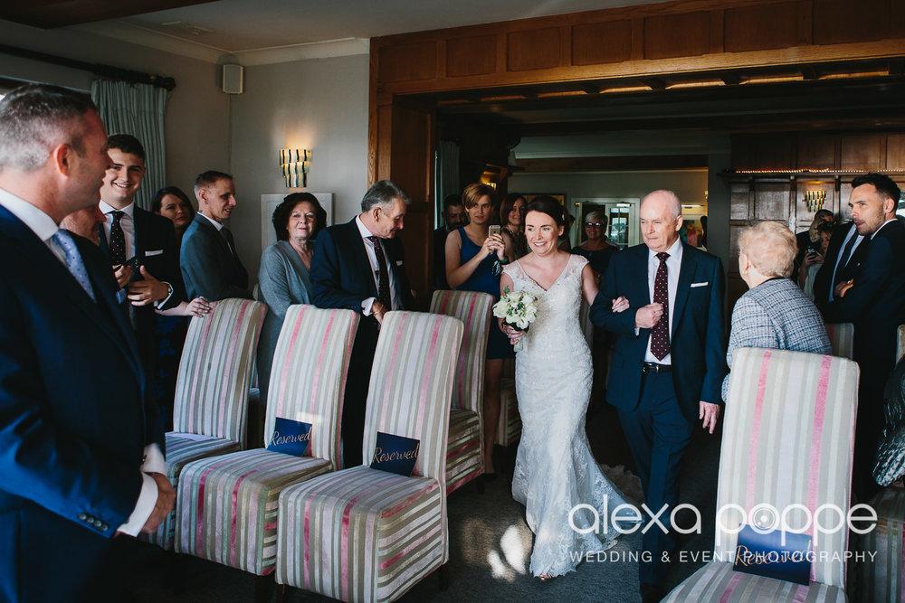 LK_wedding_cornwall-17.jpg