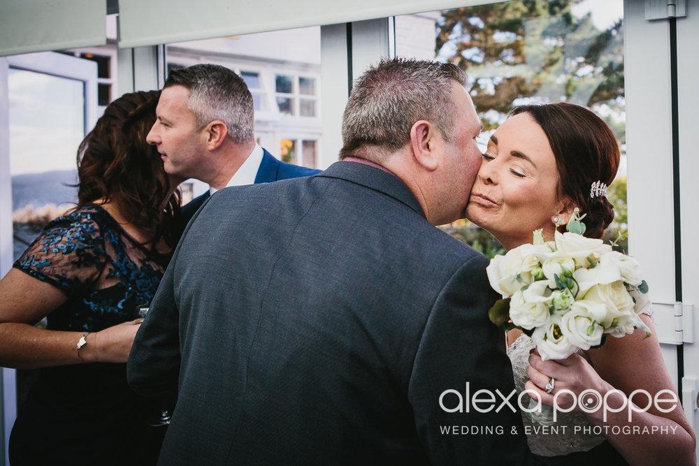 LK_wedding_cornwall-25.jpg