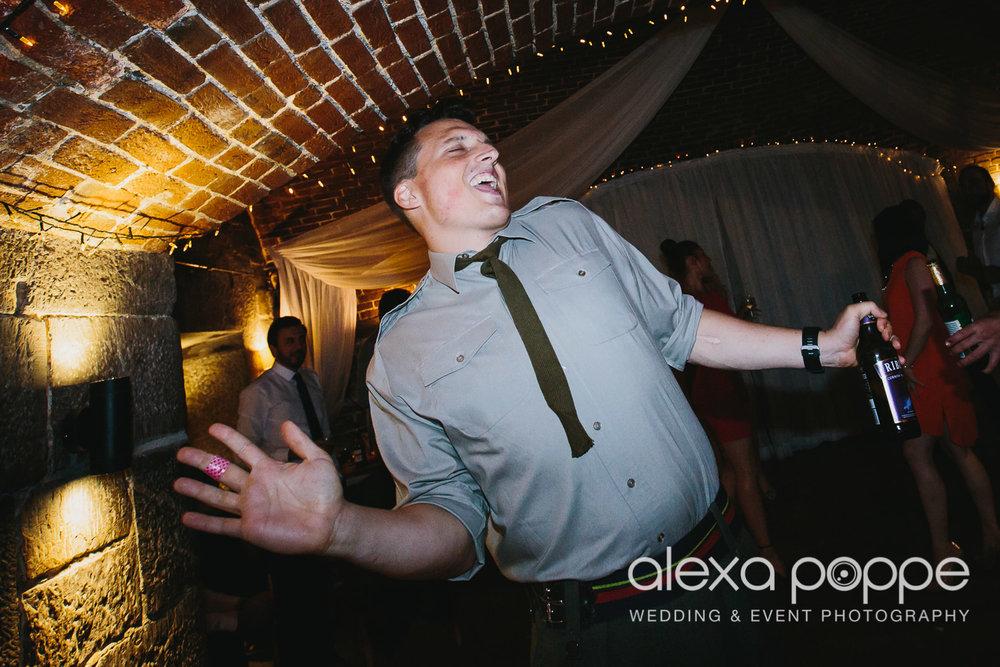 DM_wedding_polhawnfort-10.jpg
