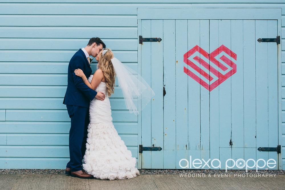 LO_wedding_heartlands-2.jpg