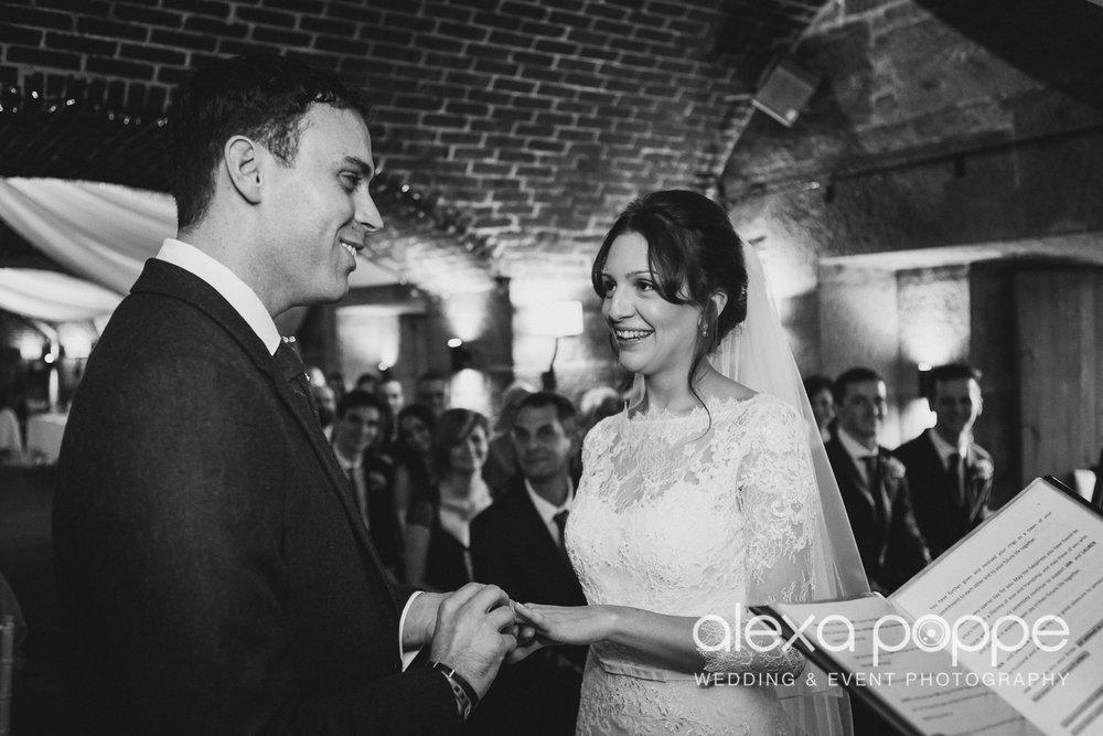 LI_wedding_polhawnfort-19.jpg