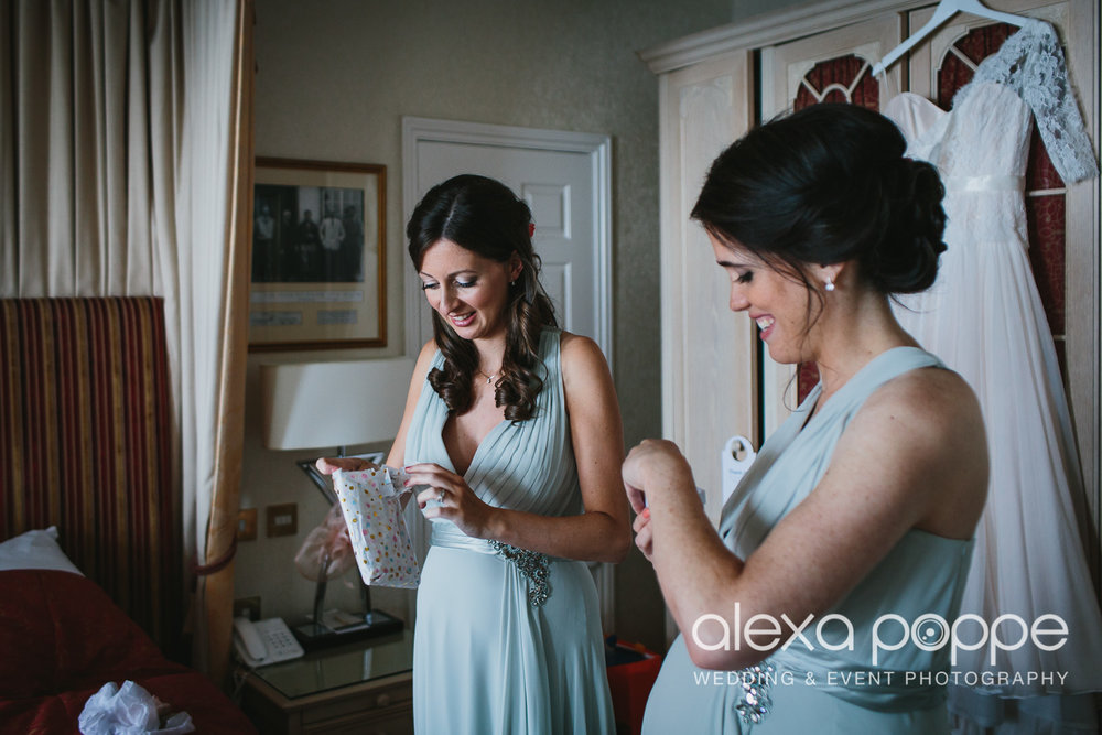 AZ_wedding_carlyonbay-11.jpg