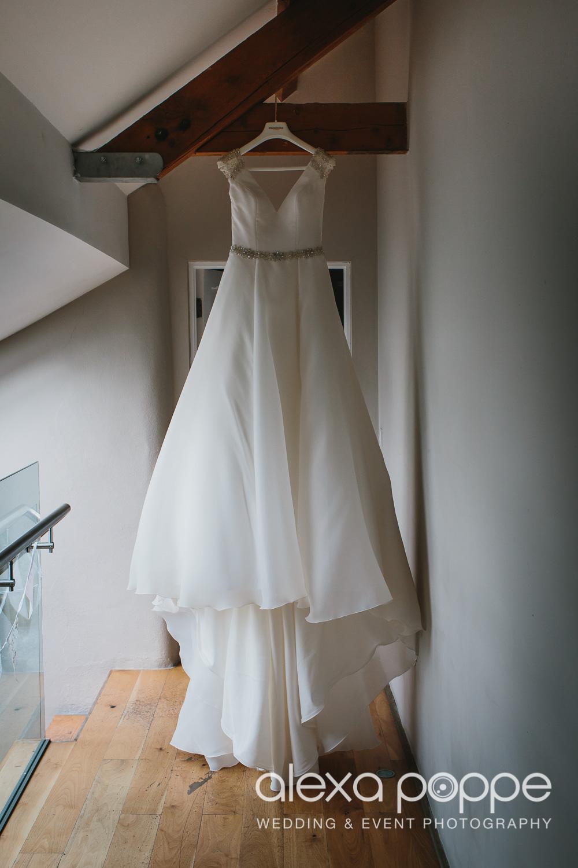 NH_wedding_Trevenna_cornwall-5.jpg