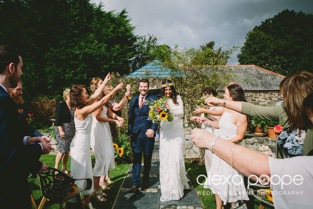 LR_wedding_lowerbarns-24.jpg