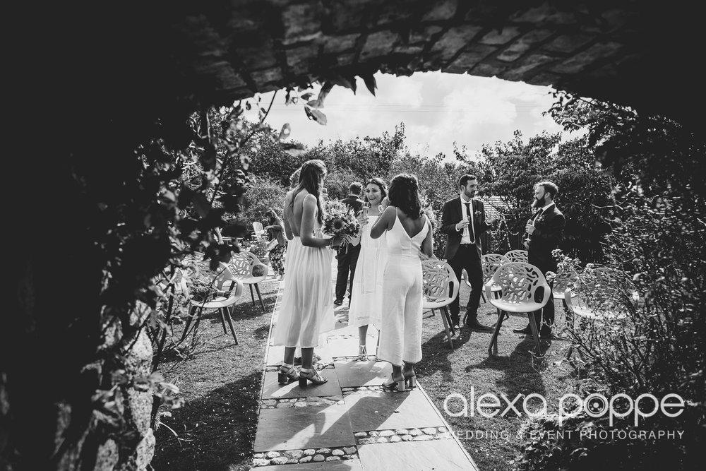 LR_wedding_lowerbarns-28.jpg