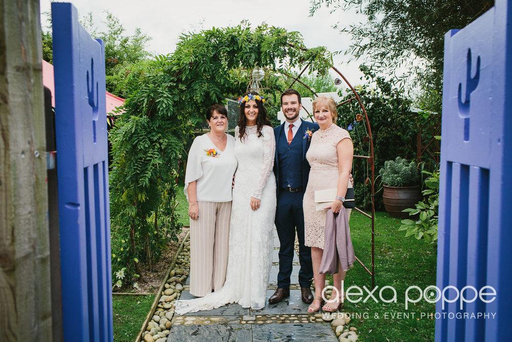 LR_wedding_lowerbarns-30.jpg