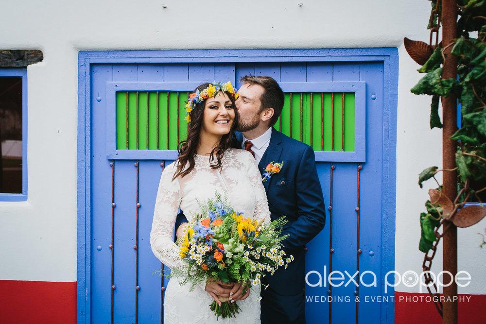 LR_wedding_lowerbarns-37.jpg