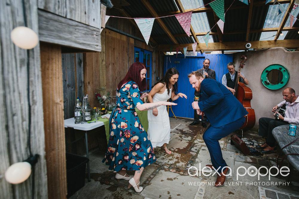 LR_wedding_lowerbarns-60.jpg