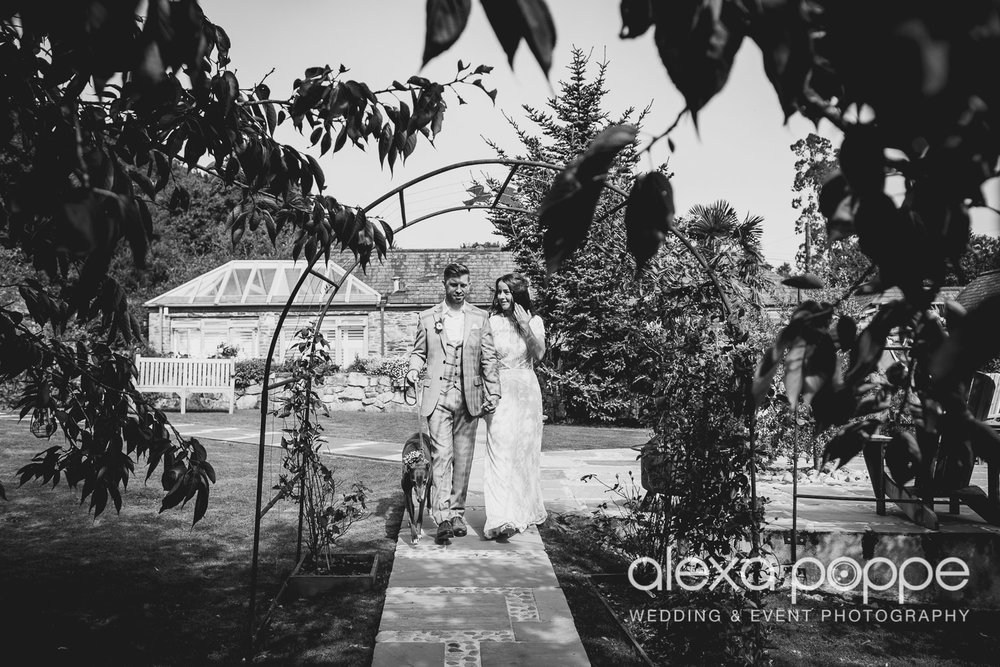DT_elopement_lowerbarns-41.jpg