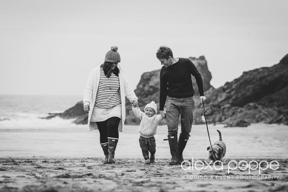 KM_familyportraits_trevone-3.jpg