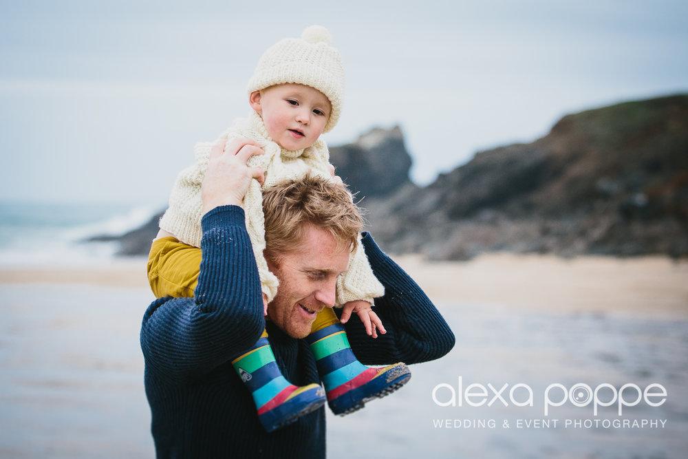KM_familyportraits_trevone-11.jpg