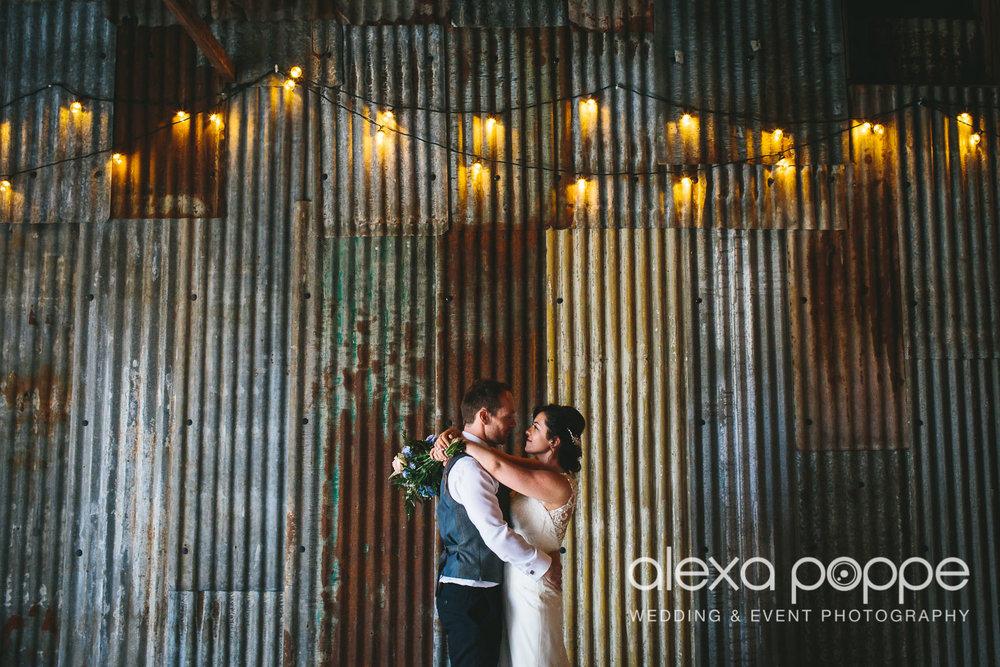CP_wedding_thegreen_wm_2.jpg