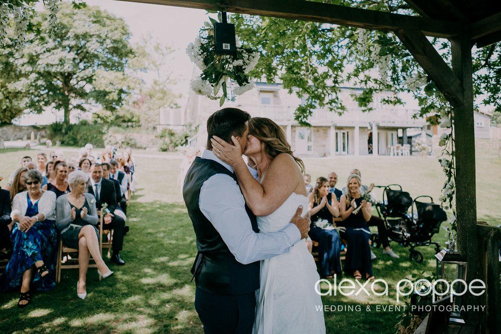 SV_wedding_thegreencornwall_wm_1.jpg