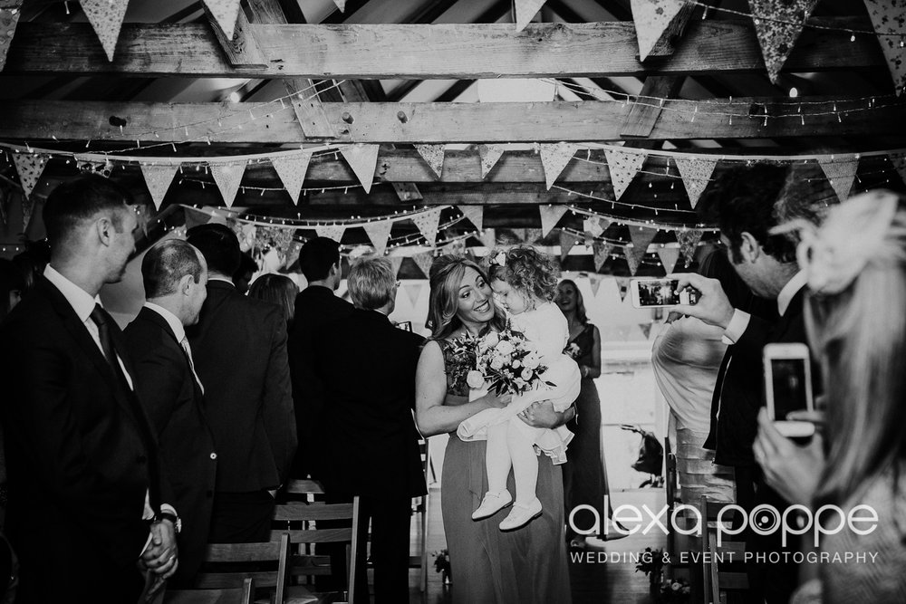 JK_wedding_thegreen_cornwall_20.jpg