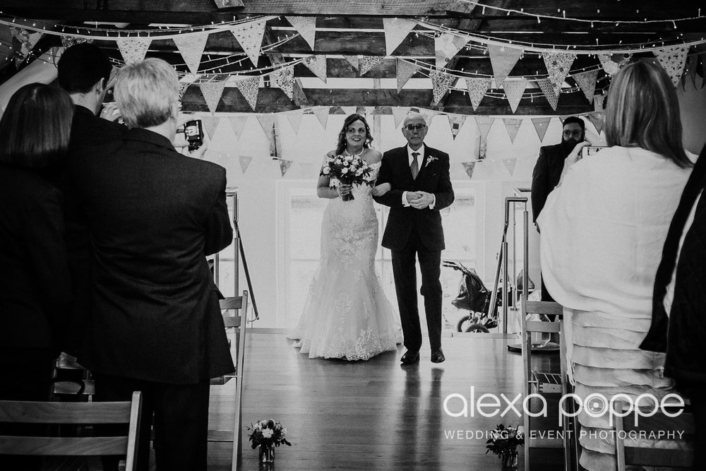 JK_wedding_thegreen_cornwall_21.jpg