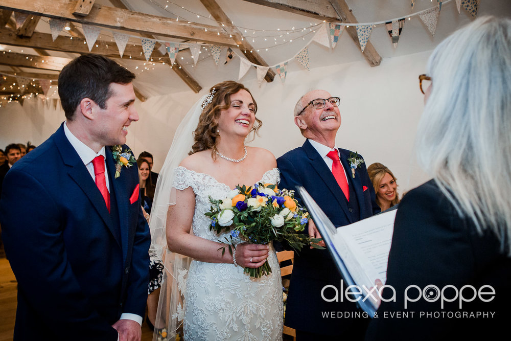JK_wedding_thegreen_cornwall_23.jpg