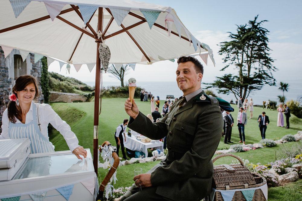 DM_wedding_polhawnfort_34.jpg