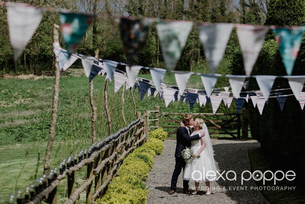 RW_wedding_kilminorthcottages_27.jpg