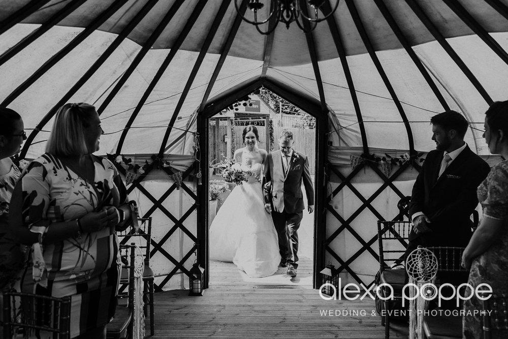 FE_wedding_gwelabmor_portreath_18.jpg