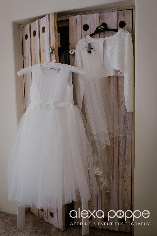 AH_wedding_lowerbarns_9.jpg