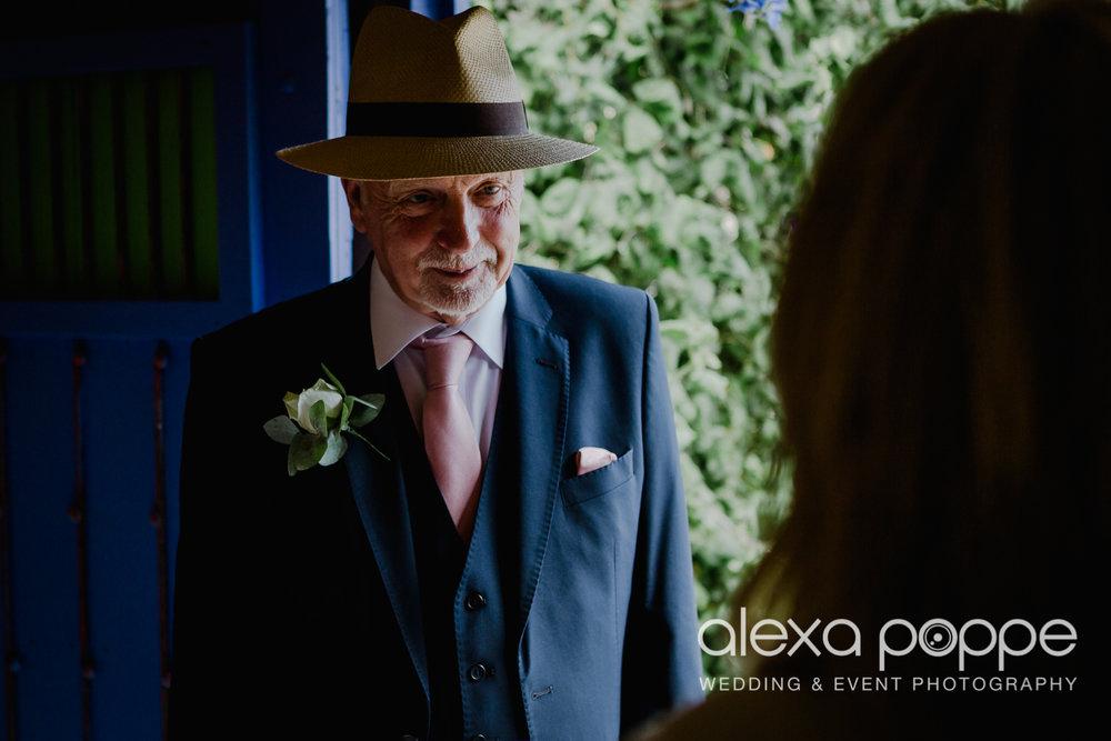 AH_wedding_lowerbarns_24.jpg