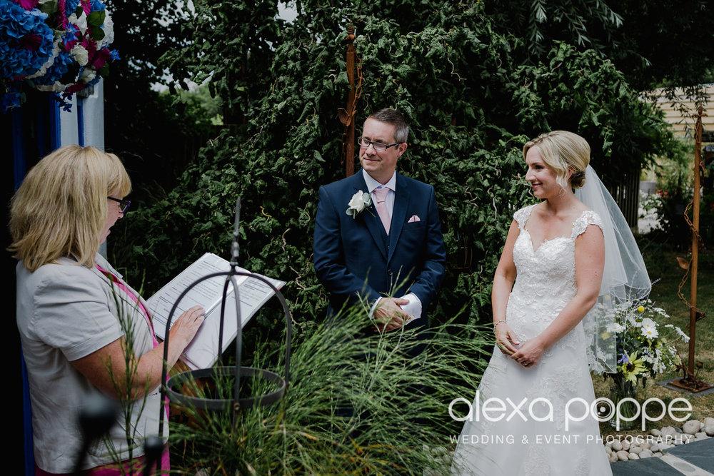 AH_wedding_lowerbarns_29.jpg