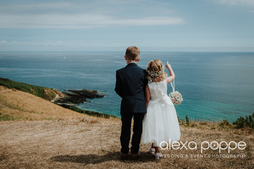 AH_wedding_lowerbarns_54.jpg