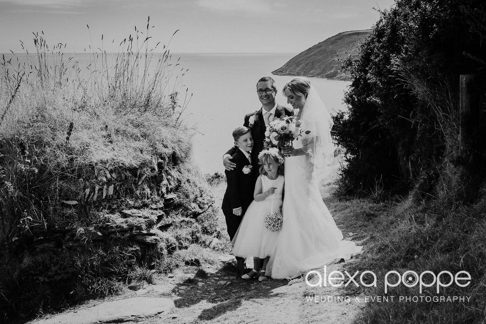 AH_wedding_lowerbarns_60.jpg