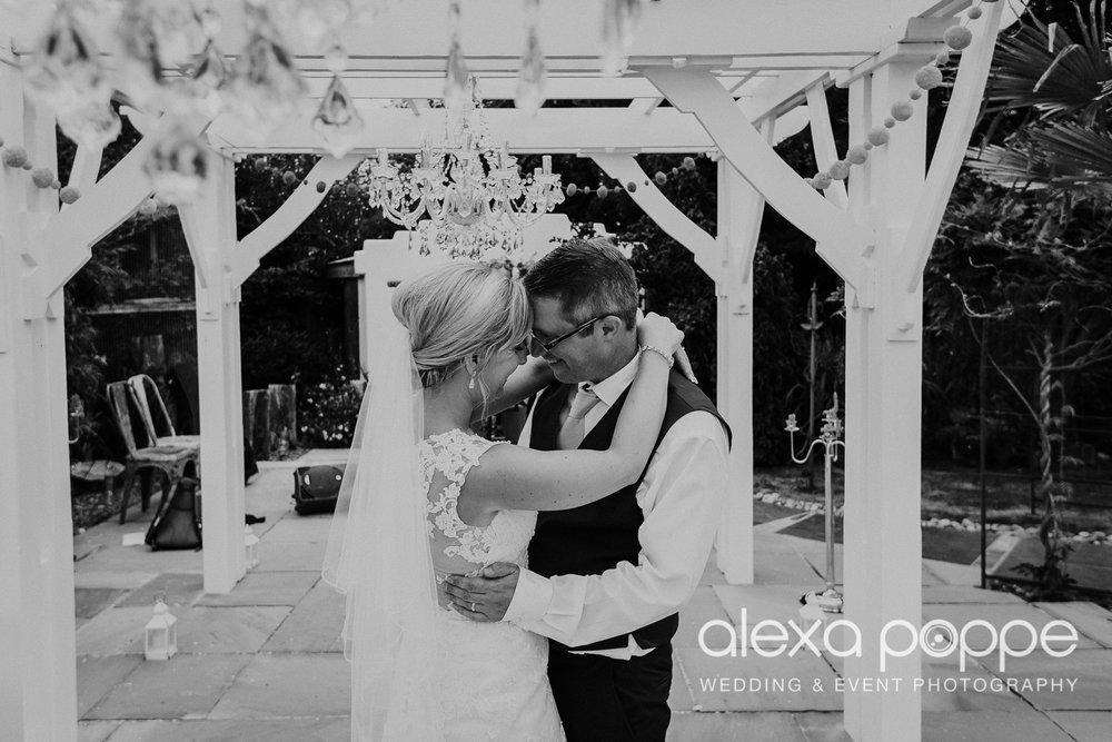 AH_wedding_lowerbarns_89.jpg