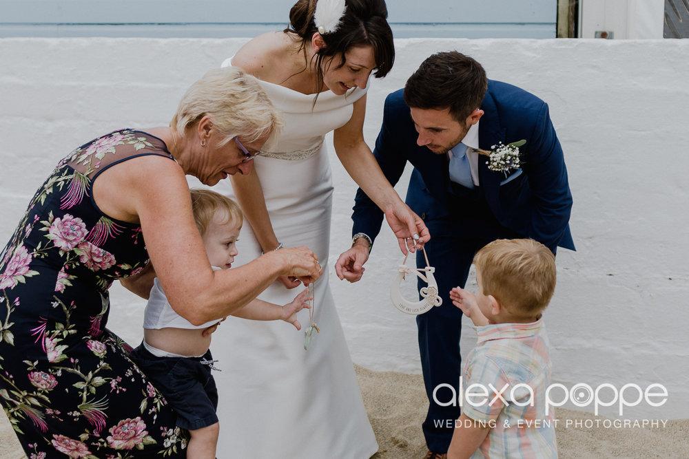 ER_wedding_lustyglaze_cornwall_22.jpg