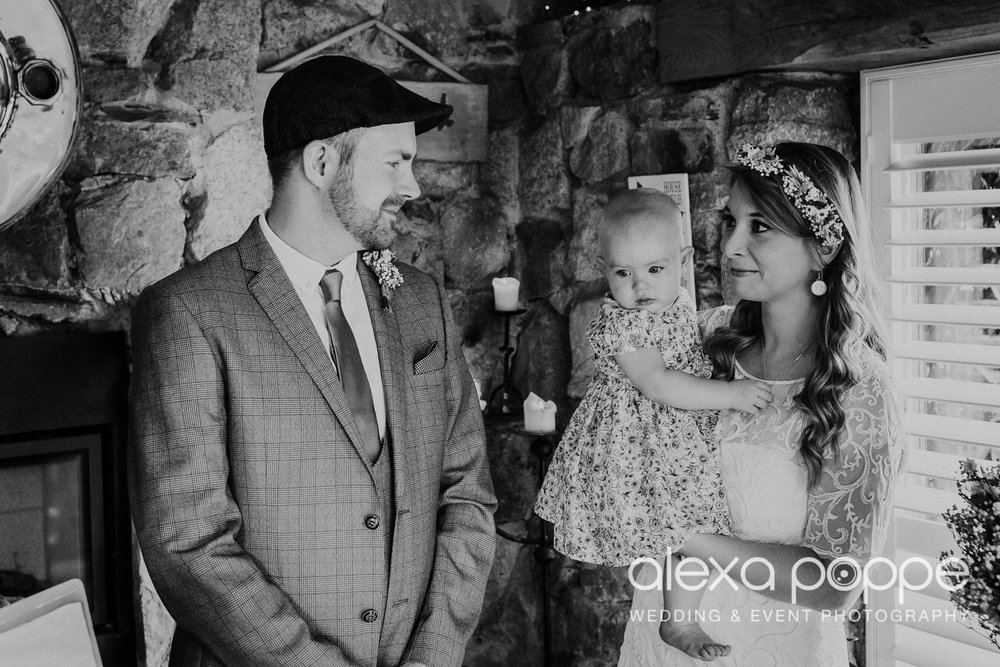 KR_elopement_lowerbarns_cornwall_2.jpg