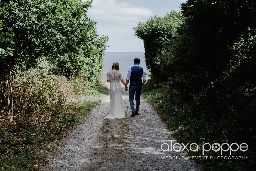 KR_elopement_lowerbarns_cornwall_25.jpg